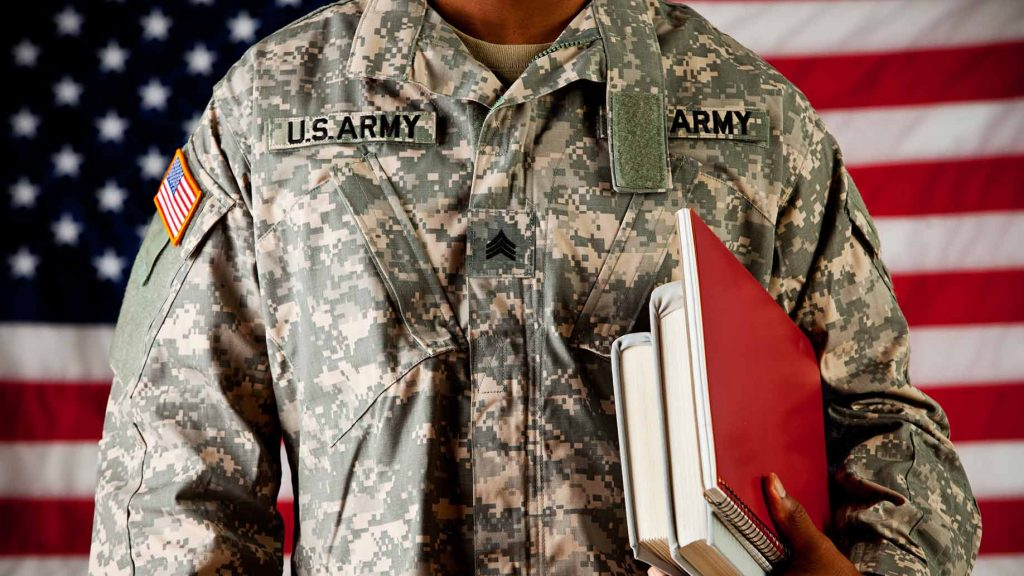 soldier-student-usa-1024x576