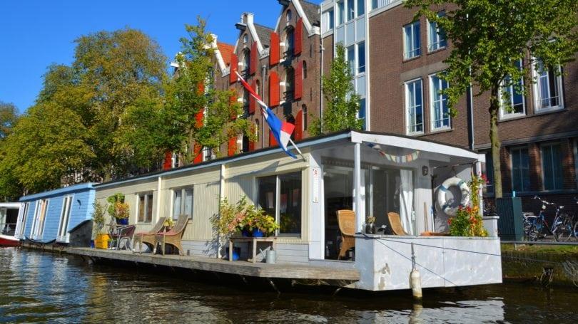 houseboats amsterdam